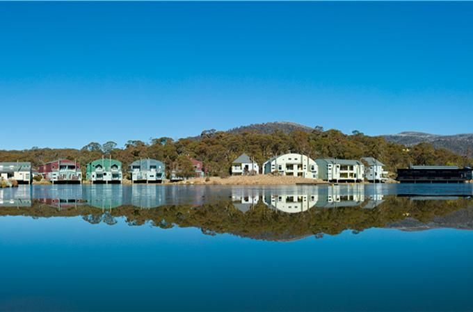 Lake Crackenback Resort & Spa - put this one on your 'to check out' list for potential honeymoon spots. #honeymoonheaven
