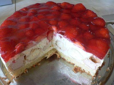 'Windbeuteltorte mit Erdbeeren'