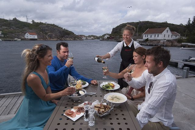 Food traditions Southern Norway has a rich culinary heritage where top quality local ingredients and unique regional specialities are often the recipe for success. This is Ny-Hellesund in Søgne.  Photo: Peder Austrud©Visit Southern Norway