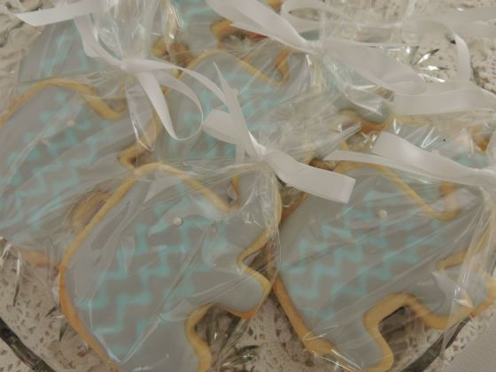 Once Upon A Pie | Elephant Sugar Cookies with Chevrons / Baby Shower Cookies