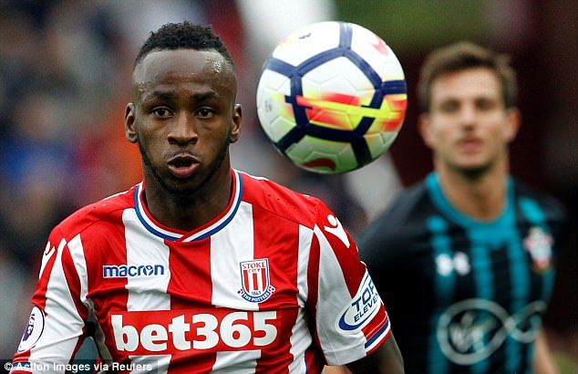 Saido Berahino will come through his goal drought, says teammate Peter Crouch