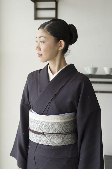 お洒落な普段着物、東京 六本木の帯,きものブランド awai 週末のお洒落着物