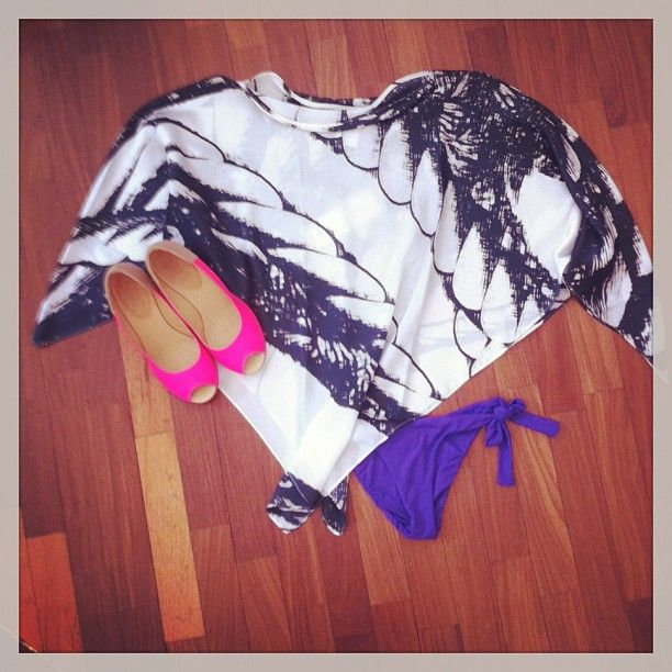 MM6 shoes, Vanda Catucci poncho and swisuit