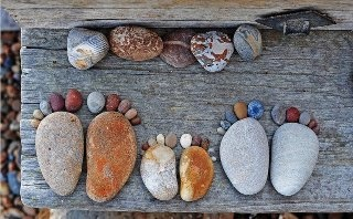 stone footprints - great way to announce an impending arrival!