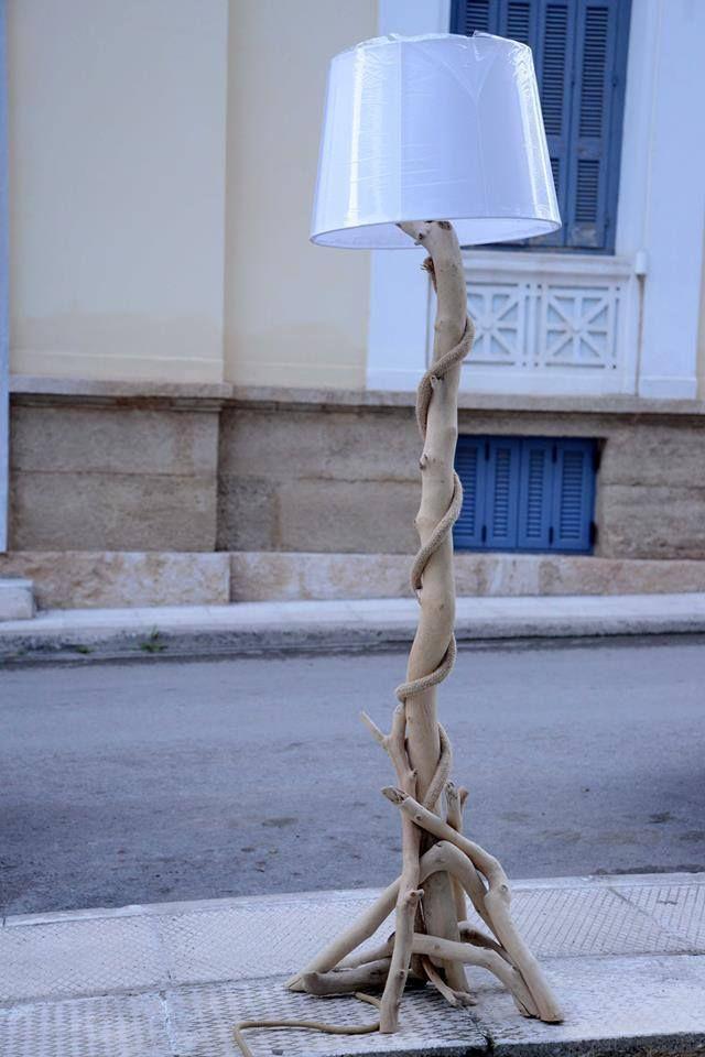 Επιδαπέδιο φωτιστικό απο θαλασσοξυλα...για παραγγελίες και σε όποια διάσταση θέλετε. τηλ.6976773699 ...floor lamps by driftwood