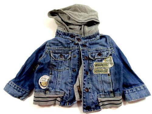 BRUMLA.CZ – Značkový dětský a dospělý second hand a outlet, použité oděvy pro děti a dospělé - Modrá riflová jarní bundička s kapucí a nášivkami zn. Next