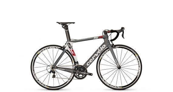 Cervelo S5 2014 cykel - vildt lækker racercykel på kun 7 kg! Den vil heller ikke se dum ud på væggen..