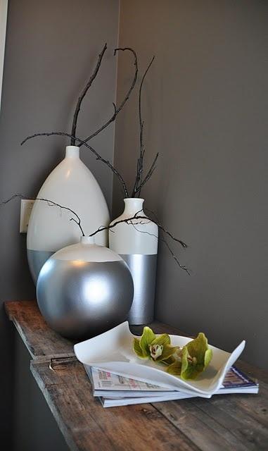 dip-dyed vases.