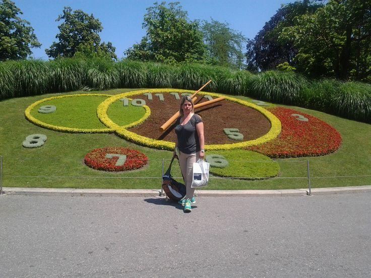 Reloj Floral Ginebra-Fotografía: Migdalia Saer
