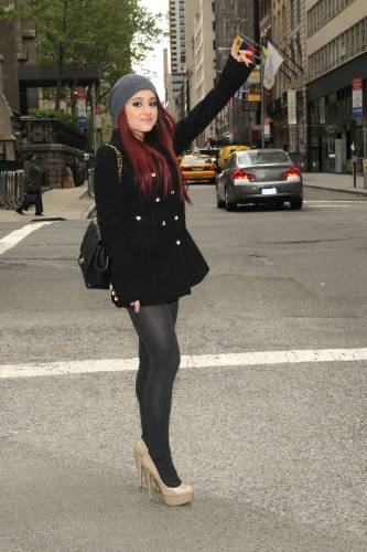 Ariana Grande - Nine West in New York 2010