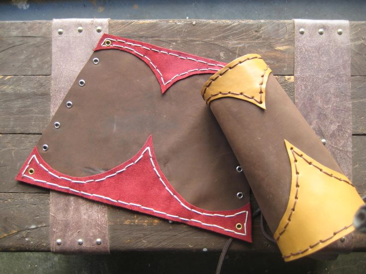 punhos em couro. disponível nas duas cores. para venda...