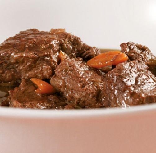Una deliciosa receta de Ternera guisada para #Mycook http://www.mycook.es/receta/ternera-guisada/