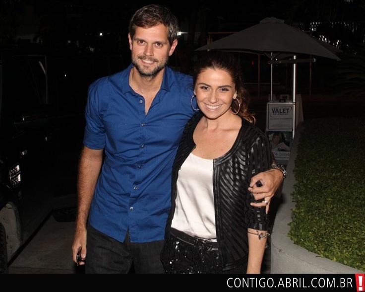 Giovanna Antonelli e o marido  Leonardo Nogueira na comemoração do seu aniversário de 37 anos.