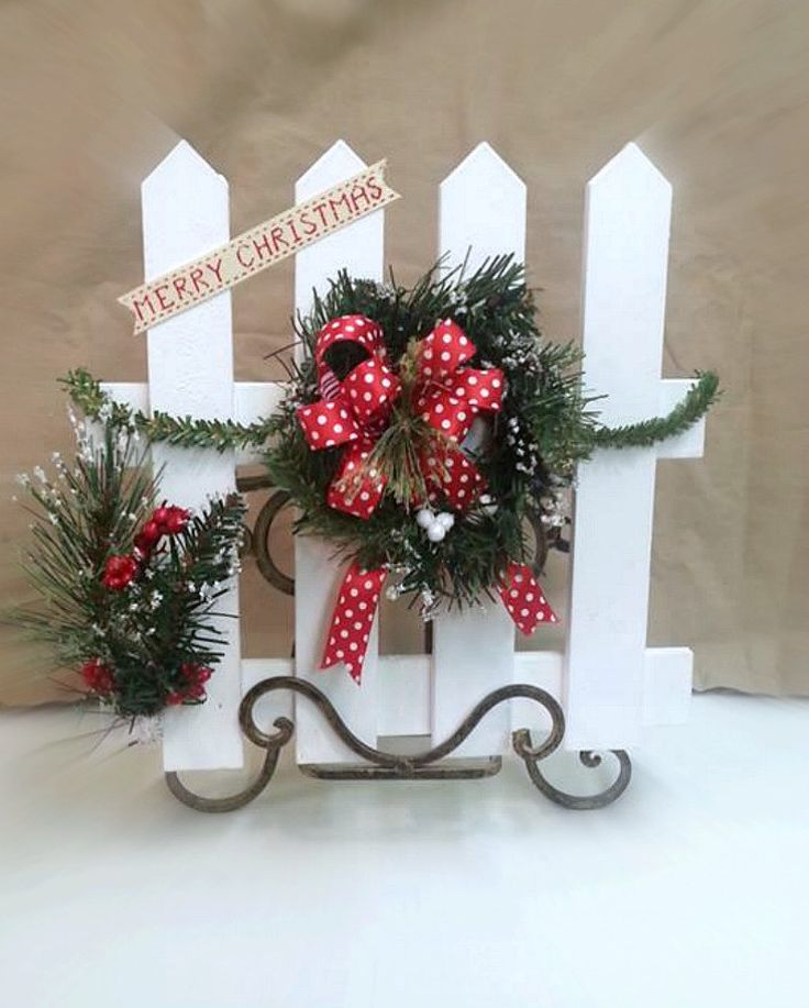 Christmas Picket Fence Decor Country Christmas Decor Country Christmas Fence Decor by HearttoHeartNC on Etsy
