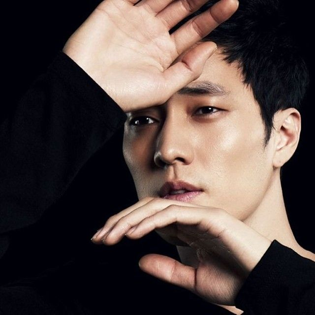 Did you know that So ji Sub's favorite number is 51? He says it is because there is a huge difference between 49 and 51, and he aims towards 51 percent of everything, he named his company 51k #sojisub #sojisubofficial