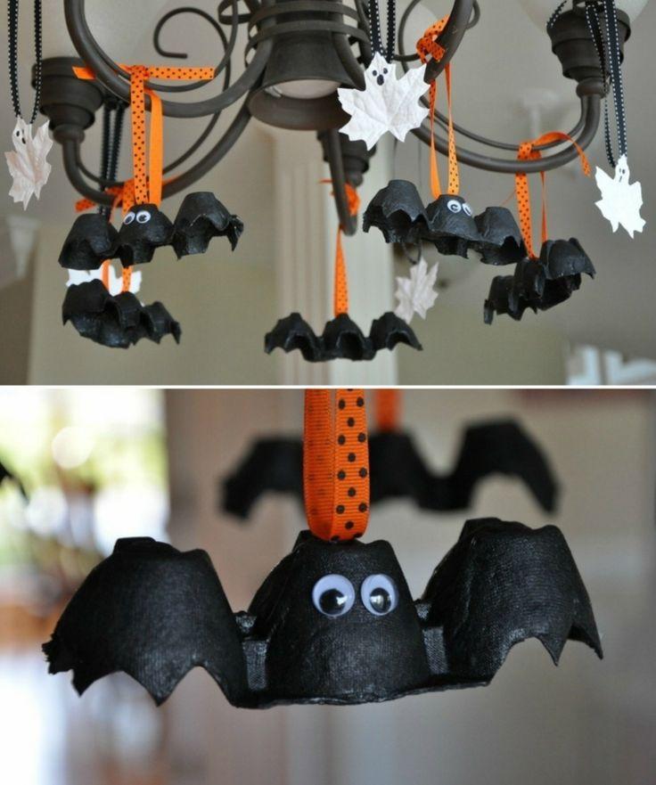 Fledermaus aus Eierkarton; Halloween mit Kindern, …
