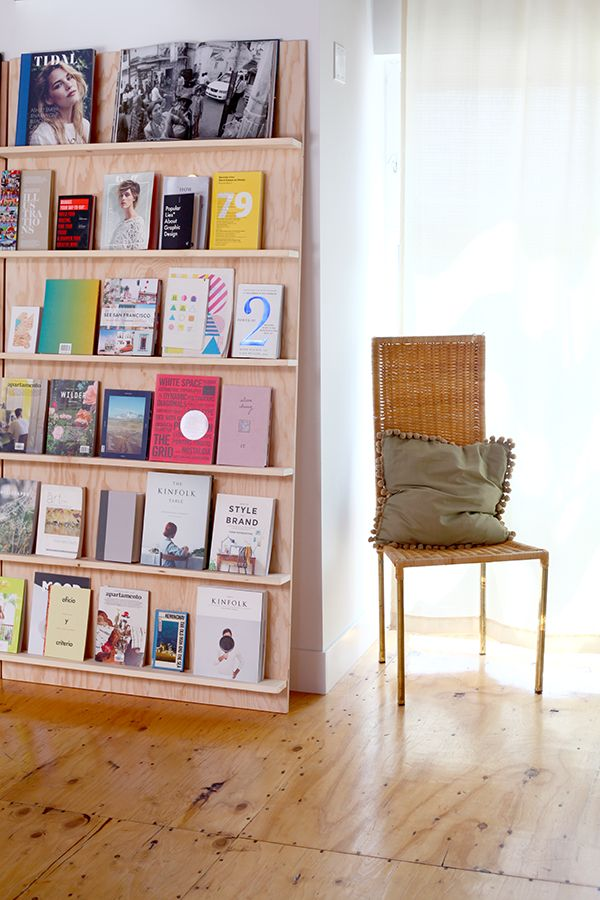 Art & books shelving, not even attached to the wall - perfect renters' solution.  Seen on The Hannah House