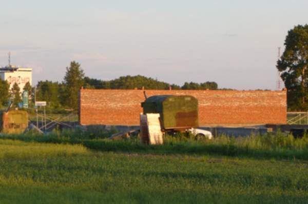 На Николаевщине с фермы похитили гербицидов на 2 миллиона гривен  http://novosti-mk.org/events/5160-na-nikolaevschine-s-fermy-pohitili-gerbicidov-na-2-milliona-griven.html  В полицию Кривоозерского района обратился председатель фермерского хозяйства, который сообщил, что в период с 14 по 19 апреля текущего года неизвестные лица, повредив стену, проникли в помещение склада, расположенного на окраине Малая Мечетня Кривоозерского района, и похитили гербициды на общую сумму около 2 000 000…