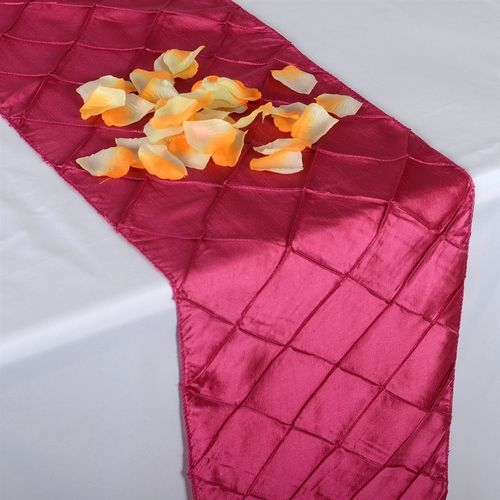 We have the best quality linen tablecloths for weddings at wholesale cheap discounted rates. Our Online Cheap tablecloths comes in variety of sizes and colors - http://www.fuzzyfabric.com/wholesale-tablecloths/
