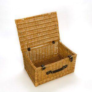 Rectangular wicker picnic basket