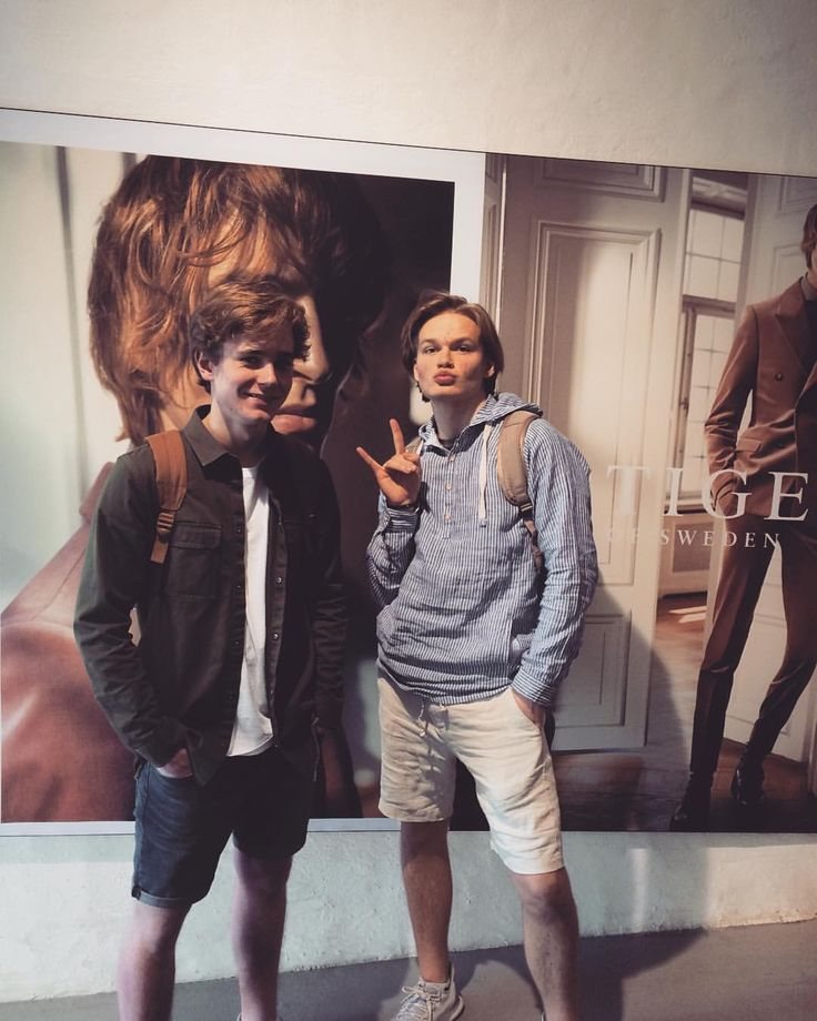 Tarjei & David out shopping with Tarjei's stylist to find an outfit for Gullruten