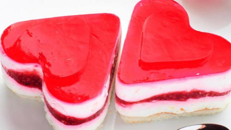 Receta de Tarta de queso en forma de corazón para San Valentín | Cocina Familiar