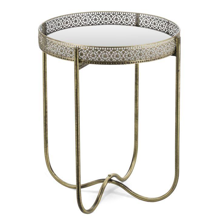 Adila är ett litet och nätt brickbord i metall. Brickan är en spegelbricka som du även kan använda som en vanlig bricka eller spegel att hänga på vägg. Då kan underredet lätt fällas ihop. Adila är ett praktiskt brickbord som passar bra i många olika rum och stilar.