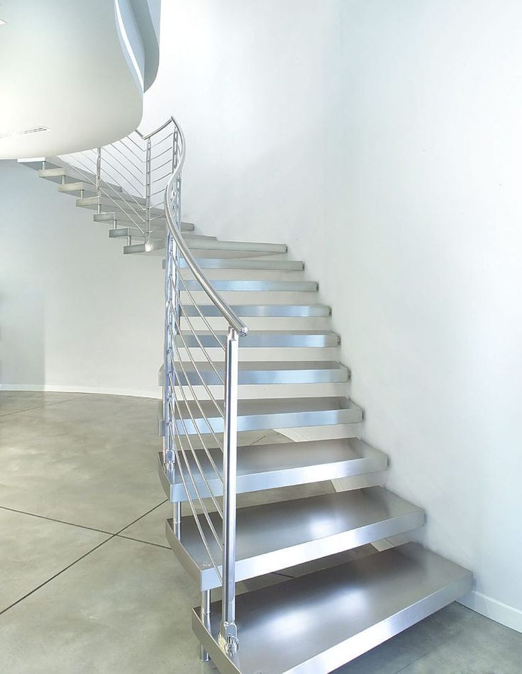17 best ideas about escaleras madera on pinterest for Ideas para forrar escaleras