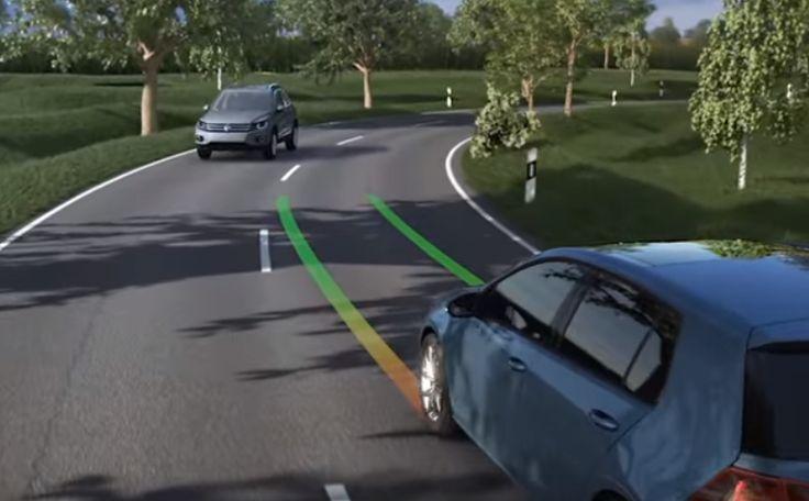 Im Steuergerät gibt es beim VW Golf 7 und verbauter Frontkamera die Möglichkeit, nachträglich den Lane Assist/Spurhalteassistenten freizuschalten.   #activelane #codierung #golf #spurhalteassistent #vw