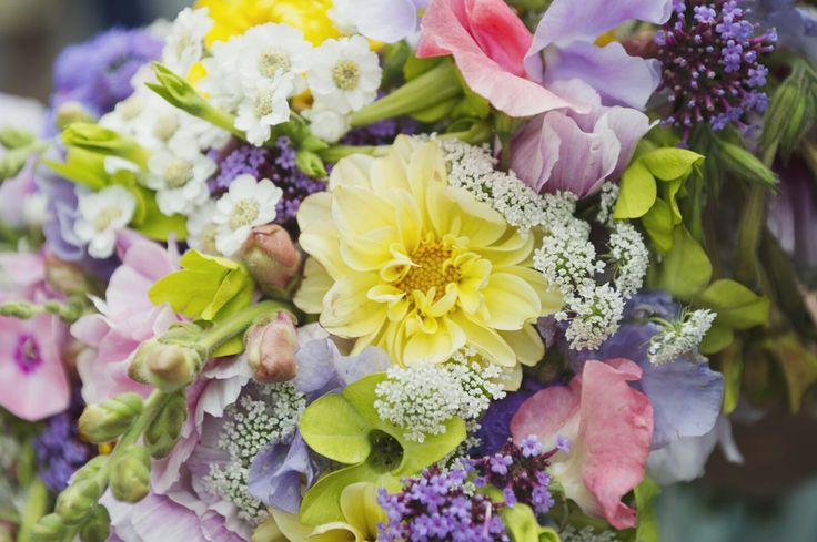 69 best Wedding flowers images on Pinterest | July wedding ...