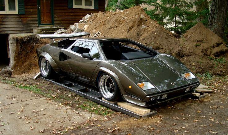 Lamborghini Countach LP400 S de 1979 neuve à $75000