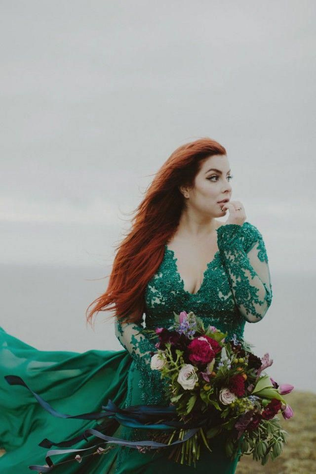 Green To Contrast With Hair Cleavage Sammblakeicelandelopement