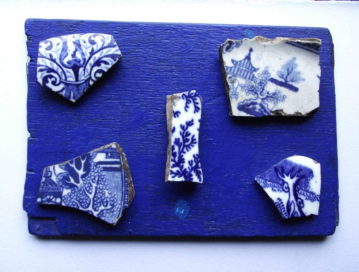 Five blue and white fragments of trees