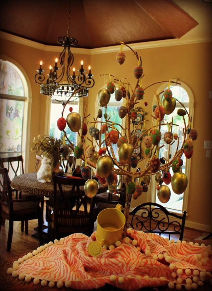 Easter Egg Tree with Thrift Store Vintage Wooden ornaments ~ LOVE!!!!!!!!