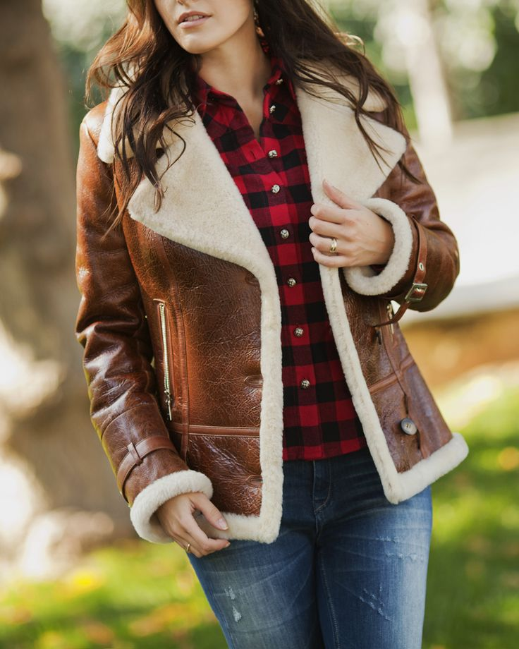 Shearing coat by #ADAMOFUR #cozy #fall #nature #style #fashion