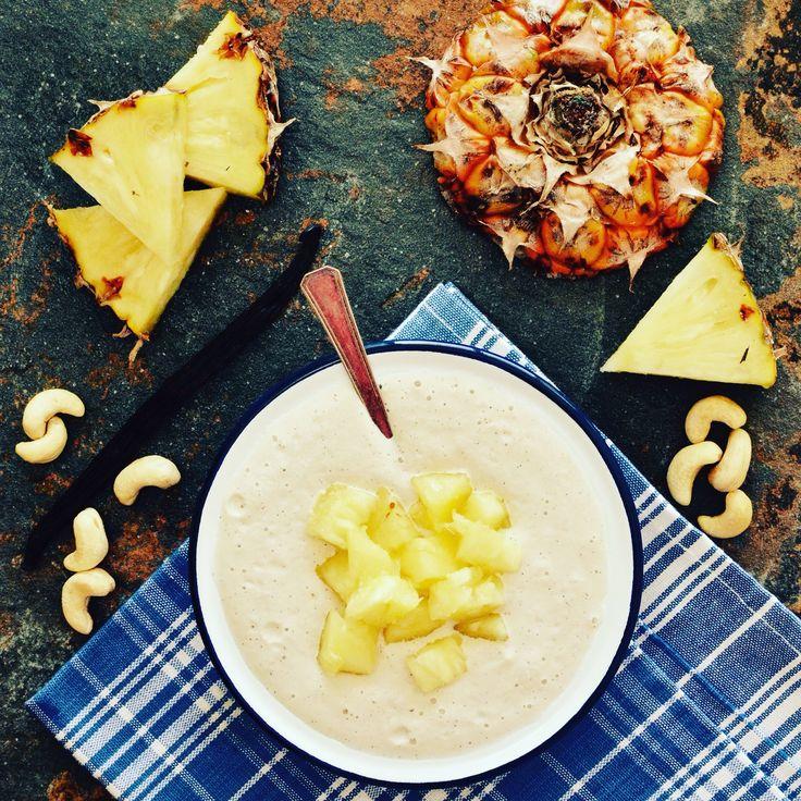 Cashewyoghurt med ananas! Receptet finns i meny 10.  www.allaater.se
