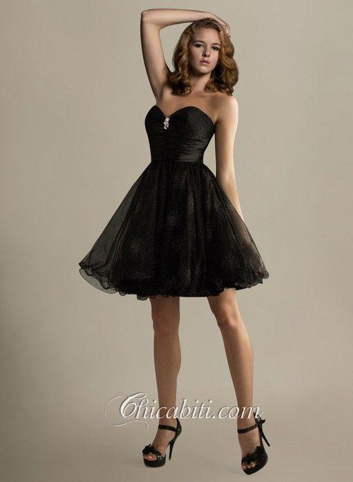 Vestito nero semplice corto