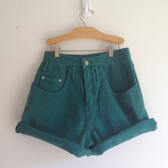 shorts de haute taille haute denim vert foncé mignon vintage des années 90 en vedette 6 conception de poche et boucles de ceinture large. assez