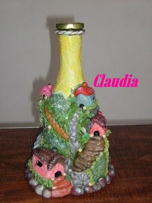 1000 images about botellas decoradas on pinterest empty for Botellas de vidrio decoradas para navidad