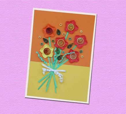 Quilling Tekniği ile Çiçek Demeti... Bu projemizde Quilling tekniği ile bir demet çiçek yapacağız. Dilerseniz bu çiçekleri bir tebrik kartı olarak kullanabilir ya da masanızı, duvarınızı süsleyecek bir pano olarak hazırlayabilirsiniz.