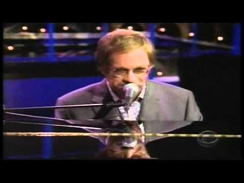 Warren Zevon - Hit Somebody ( The Hockey Song) - David Letterman Show,  2002 (HD)