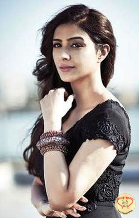 Tabu is known for her remarkable performances in both commercial and art films. She is the newest addition to Rohit Shetty's hit franchise- Golmaal.