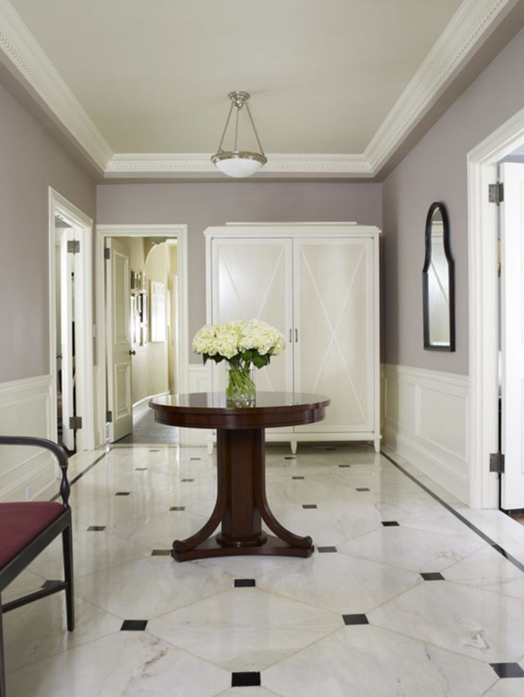 Upper East Side Pre-War, Family-Friendly Entry Hall