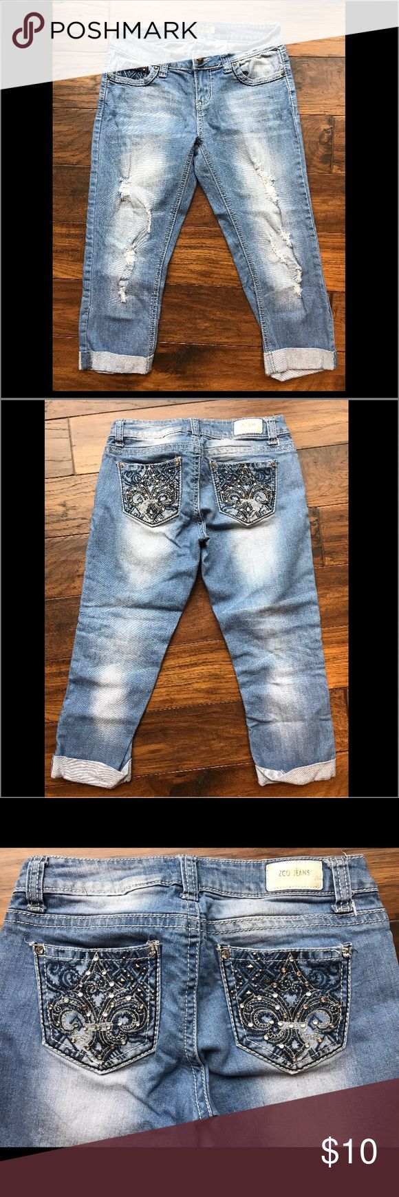 ZCO JEANS Size 9 Juniors' Capri Pants ZCO JEANS Size 9 Studded/Torn Look Jean Capri's. Cuffed Hem. Good Condition. ZCO JEANS Jeans Ankle & Cropped