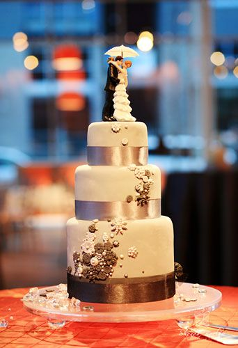 make your own wedding cake timeline 17 best images about cakes nontraditional wedding cakes on 17017
