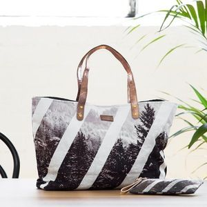 Image of Strike Shopper Bag