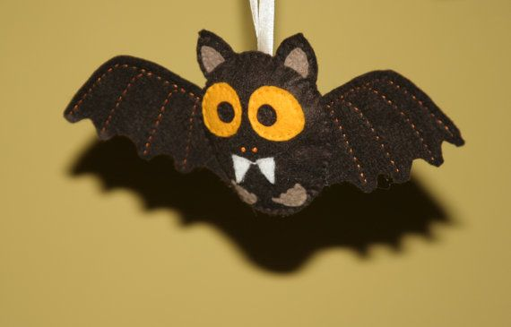 Halloween felt bat Hand stiched toy Many colors by euquefiz, €12.00