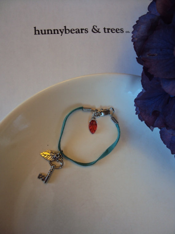 turquoise suede bracelet with leaf and key by HunnybearsandTrees