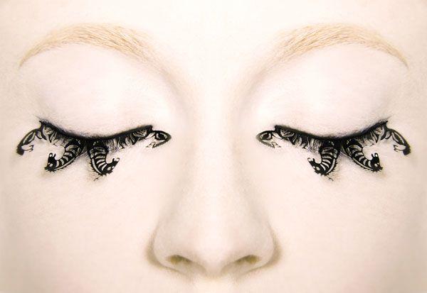 Paperself-eyelashes-horse
