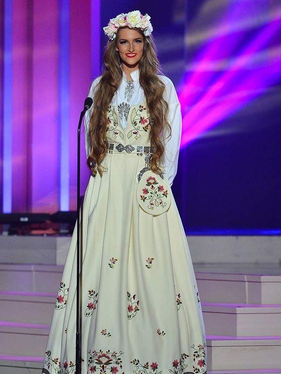 miss univers 2015 costumes nationaux 7 Norvège